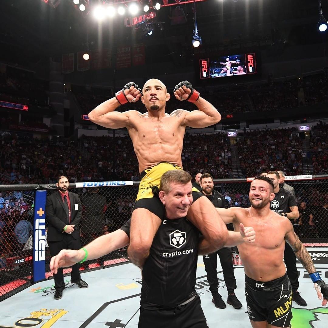 MMA News: Conor McGregor reacts to Aldo's victory over Munhoz