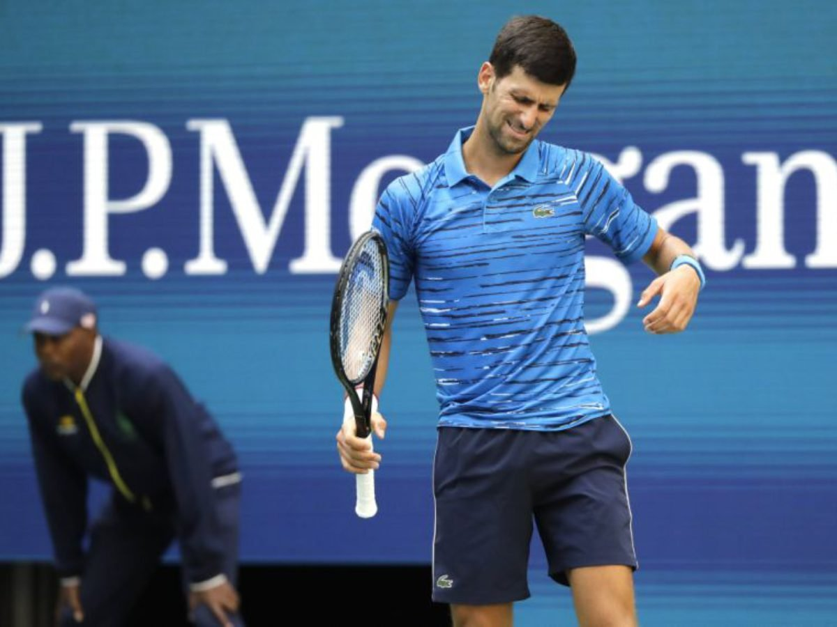 Novak Djokovic Retires Mid Match Against Stan Wawrinka At Us Open 2019 Essentiallysports