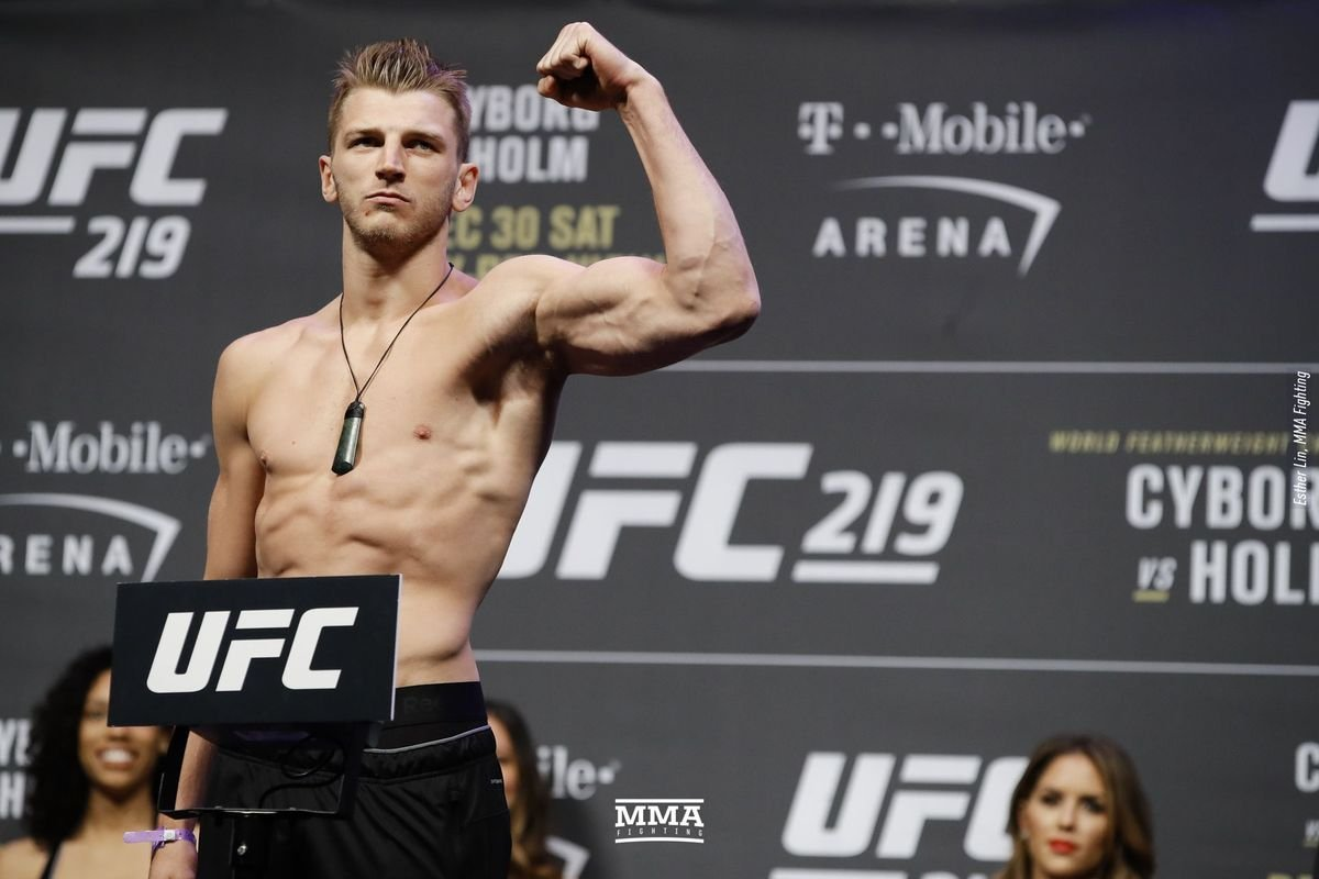 UFC 243: Al Iaquinta vs Dan Hooker Prediction