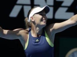 Wozniacki wins