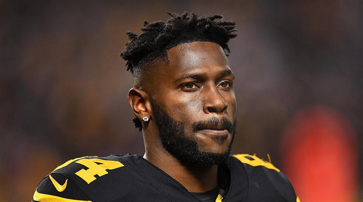 Antonio Brown shuts down retirement rumors after losing his helmet grievance
