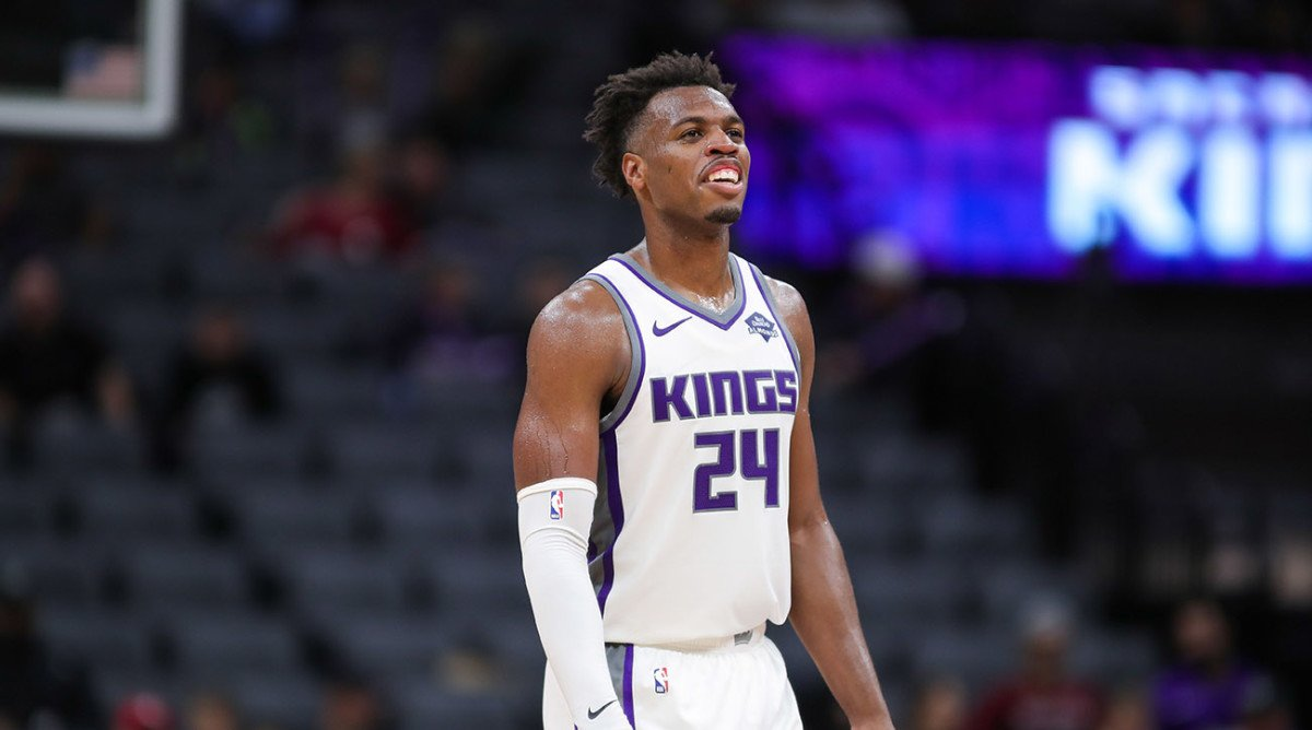 Buddy Hield playing for Sacramento Kings
