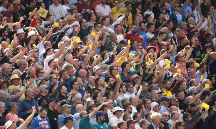 Edgbaston crowd showing sanpapers to mock Steve Smith and David Warner in The Ashes 2019