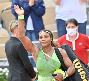 """""""Capable of Everything"""": WTA President Backs Serena Williams To Break Margaret Court's All-Time Record"""