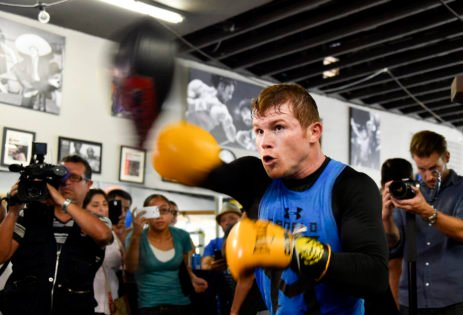 WATCH: Canelo Alvarez Flashes Ryan Garcia-Like Speed in New Training Video