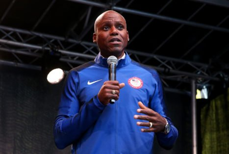 US Olympic Legend Carl Lewis Gives Crucial 100m Advice to Jamaican World Champion Following His Footsteps
