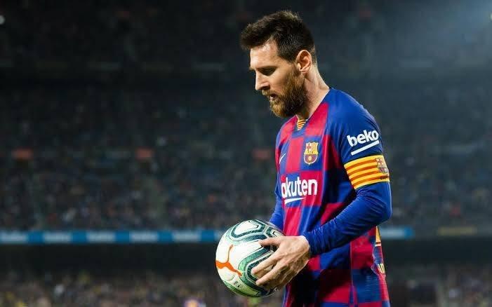 Barcelona menargetkan bek tengah, bek kanan, pemain depan dan penyerang musim panas ini