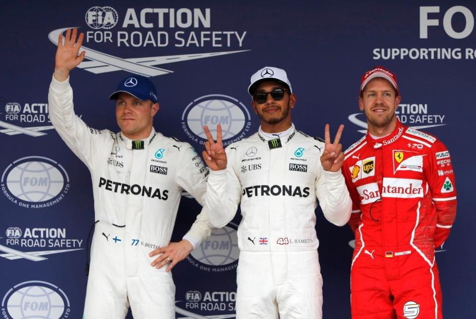 Lewis Hamilton Claims 71st Pole