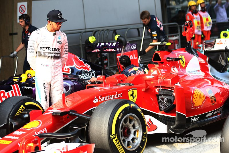 Resultado de imagen de Lewis Hamilton Ferrari