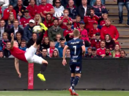 Phil Jones bicycle kick attempt went comically wrong