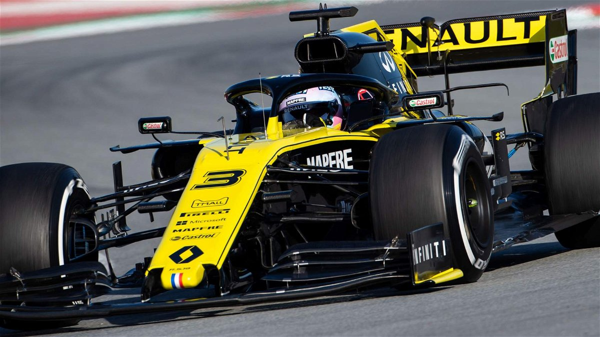 Daniel Ricciardo Believes Renault Has A Bit Less To Lose In 2020 Essentiallysports