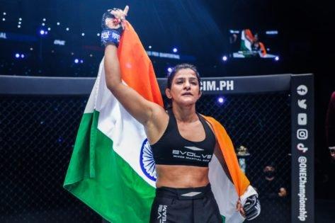 """Queen of Indian MMA"": Arjan Bhullar Backs Ritu Phogat to Win the ONE Championship Atomweight Grand Prix"