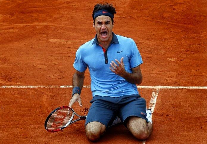 Roger Federer defeated Soderling 6-1, 7-6,6-4 in the final.