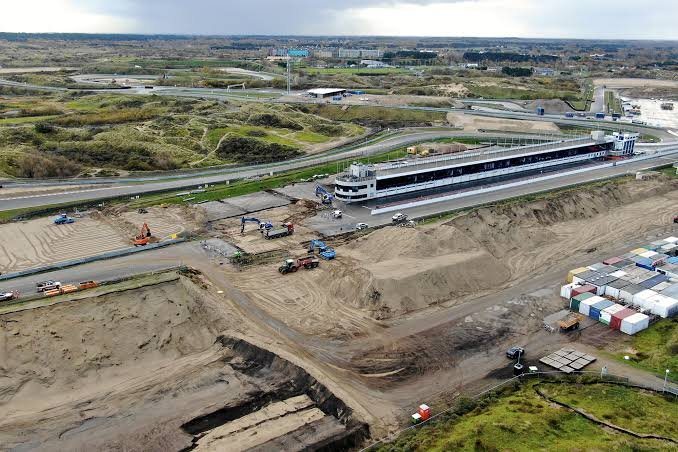 Drone Footage Reveals The Construction Of The Zandvoort F1 Circuit S Banking Essentiallysports