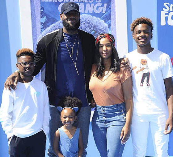 Who Is Lebron James S Wife Savannah James Essentiallysports