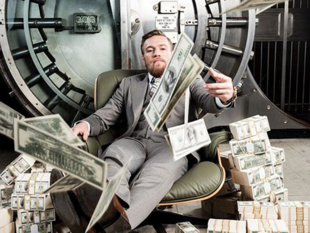 McGregor Mania: Top 5 Biggest Fights of Conor McGregor - EssentiallySports