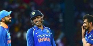 MS Dhoni smiling