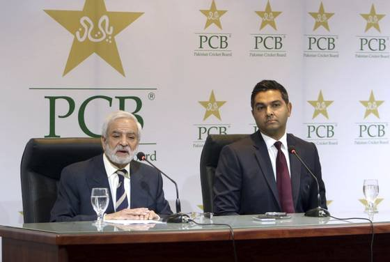 PCB chairman Ehsan Mani (L) and CEO Wasim Khan (R) | AP