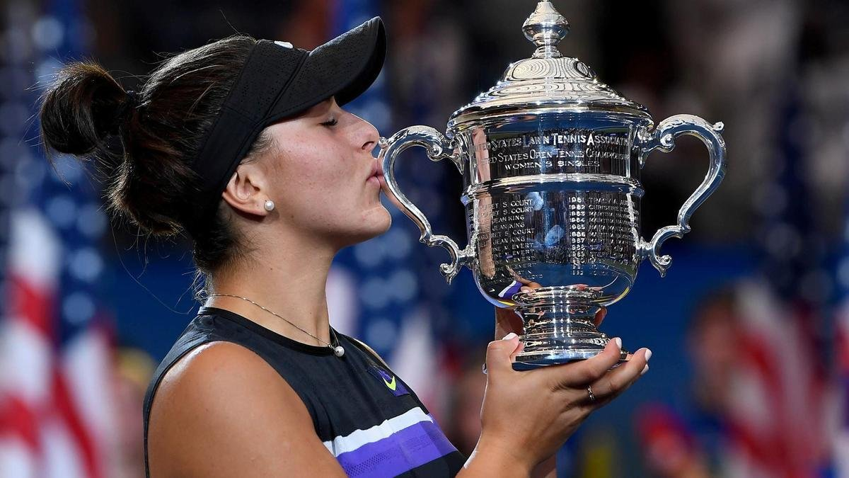 """She's Smart"" – Serena Williams Speaks on Bianca Andreescu's US Open Withdrawal - Essentially Sports"