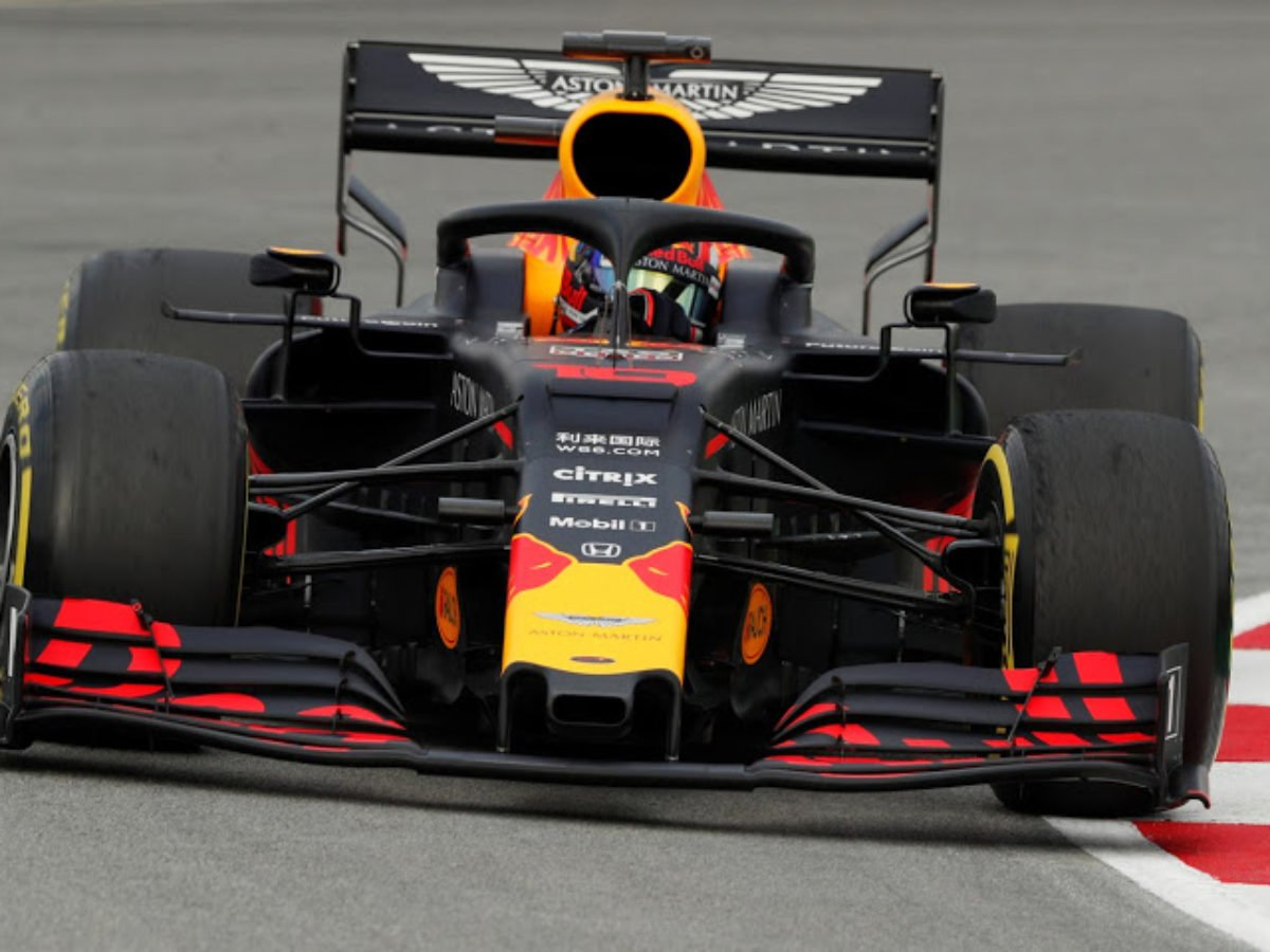 Aston Martin Open To Supplying Red Bull With Engines If Honda Leave Essentiallysports